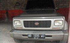 Daihatsu Taft 5 Speed 1996 Abu-abu
