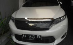Toyota Harrier 2.0 at 2WD 2014 Putih Automatic