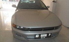 Mitsubishi Galant V6-24 Silver 2000