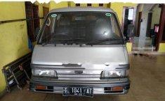 Dijual mobil Mazda E2000 Std 1999 Van