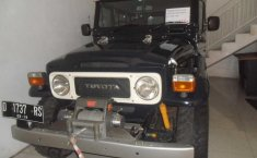 Toyota Land Cruiser 4.2 Manual 1990 Hitam