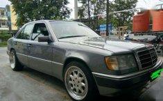 Mercedes-Benz 230E AT Tahun 1990 Automatic