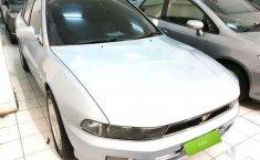 Mazda Familia Tahun 2004
