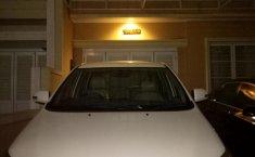 Toyota Kijang Innova V 2013 Putih