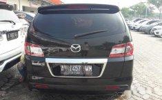 Mazda 8 2012