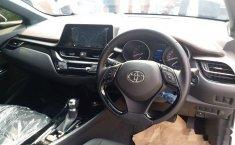Toyota C-HR 2018 SUV