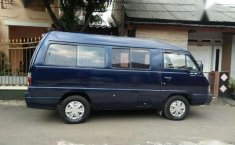 Jual mobil Kia Travello Option 2 2000 M/T
