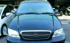 Jual mobil Kia Sedona Metic 2005
