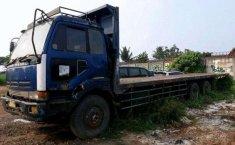 Nissan UD Truck Tahun 1998