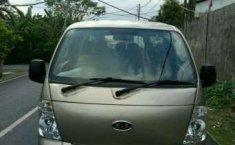 Jual mobil Kia Travello Diesel 2.7 Tahun 2008