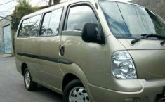 Jual mobil Kia Travello Tahun 2008