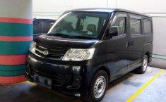 Daihatsu Luxio D 2011