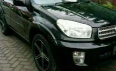 Jual mobil Toyota RAV LWB 2002