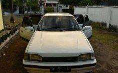 Dijual Mobil Sedan Mazda  323 Elite Tahun 1988