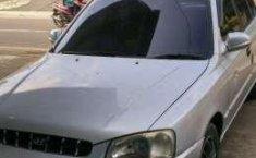 Dijual murah Hyundai Verna 2002