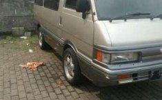 Dijual Mazda E2000 Std Tahun 1997