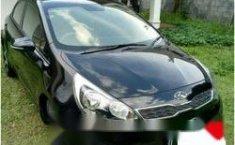 Dijual Mobil Kia Rio 2015
