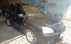 Jual mobil Kia Carens 2004 MPV