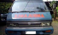 Jual Mazda E2000 2001