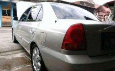 Jual mobil Hyundai Accent 2004