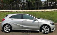 Dijual Mobil Mercedes-Benz A200 Urban 2013