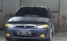 Jaul mobil Hyundai Accent 2000