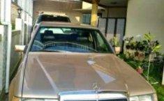 Jual Mercedes-Benz Boxer 230E Tahun 1989