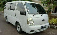 Jual mobil Kia Travello Van MT Tahun 2006 Manual