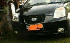Dijual mobil Kia Picanto 2005