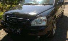 Jual mobil Kia Carens II 2004