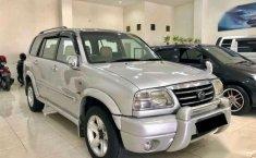 Jual Suzuki Grand Escudo 2.0 XL-7 Tahun 2004