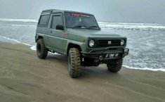 Jual Daihatsu Taft Rocky 1990