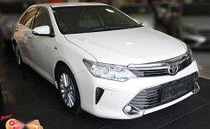 Toyota Camry 2.5 V 2015