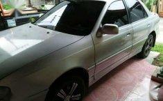 Hyundai Elantra Tahun 1996