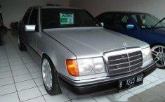 Mercedes-Benz 230E 1991