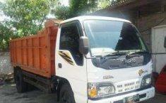 Truck Isuzu ELF dijual