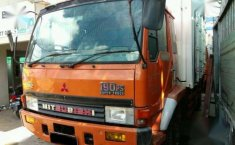Mitsubishi Fuso Box Container 190 PS 2006 dijual
