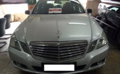 Mercedes-Benz E250 1.8 Automatic 2010 Dijual