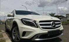 Mercedes-Benz GLA200 Urban 2015 Dijual