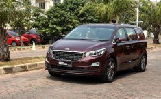 Review Kia Grand Sedona Diesel 2018