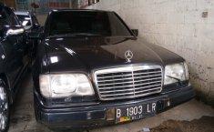 Mercedes-Benz E220 Automatic 1996