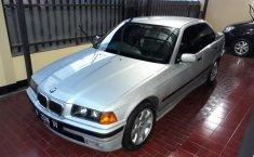 BMW 318i E36 1.8 Sedan 1997 Dijual