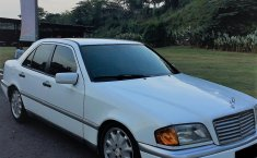 Mercedes-Benz C180 1.8 Manual 1995
