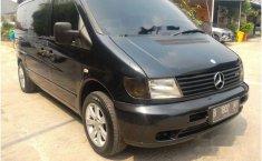 Mercedes-Benz Vito 114 2001 Van dijual