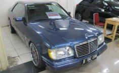 Mercedes-Benz 300CE Dua Pintu 1989 Dijual
