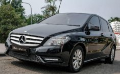 Mercedes-Benz B200 Urban 2013