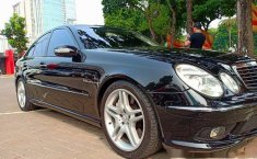 Mercedes-Benz E55 AMG 2005 Dijual