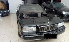 Nissan President M/T 1993 dijual