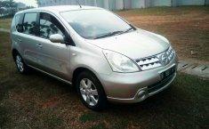 Jual Mobil Nissan Livina 2010