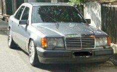 Mercedes-Benz 300E W124 1991 Dijual